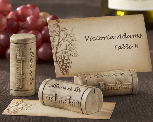 Maison du Vin, Wine Cork Place Card, Photo Holder with Grape-Themed Place Cards: Set of 4