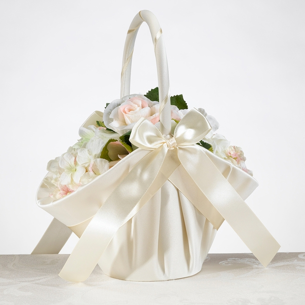 Flower Girl Baskets Ivory Uk : Lillian rose large satin basket ivory flower girl