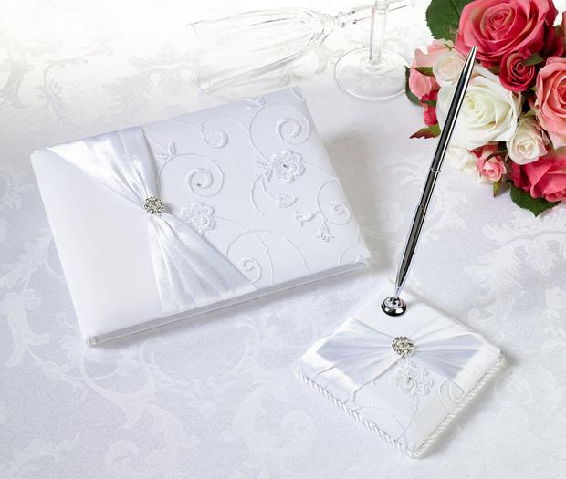 Lillian Rose White Lace Guest book & Pen Set