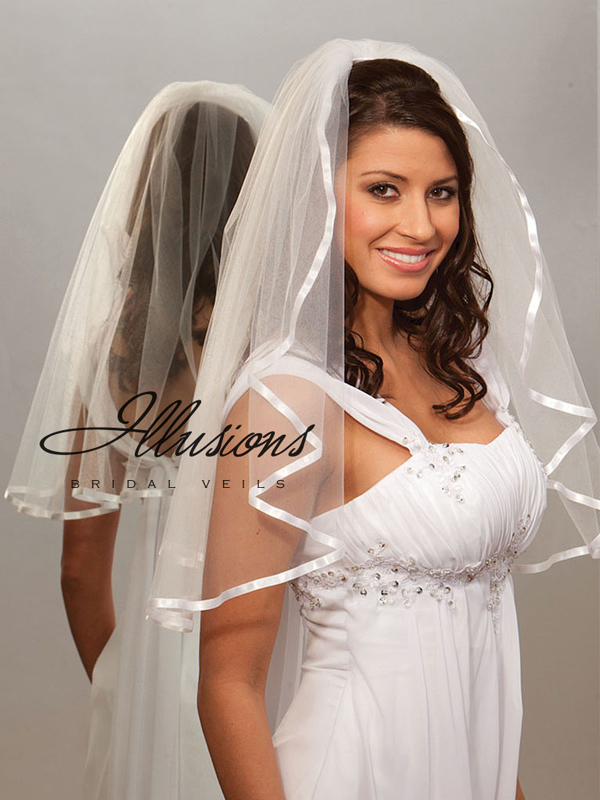 Illusions Bridal Ribbon Edge Veil 1-251-3R: Pearl Accent