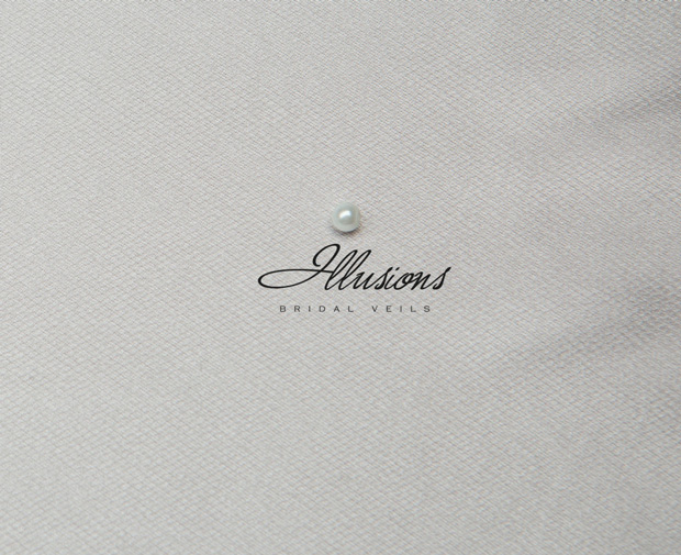 Illusions Bridal Rattail Edge Wedding Veil 1-361-RT: Pearl Accent, Fingertip Length