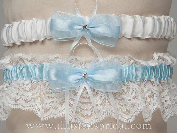 Illusions Bridal Bridal Garters and Purses 1011