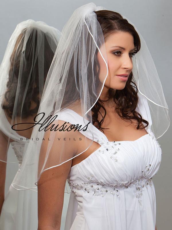 Illusions Bridal Rattail Edge Veil 7-251-RT