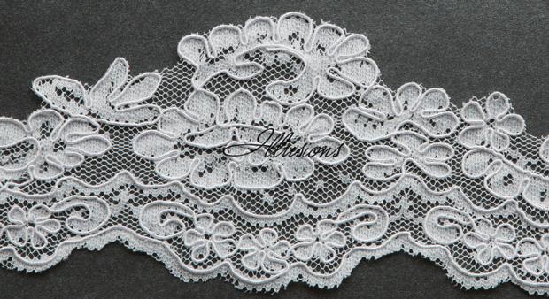Illusions Bridal Lace Edge Veil 7-301-1L: Rhinestone Accent