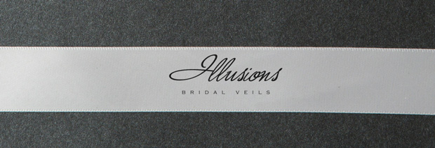 Illusions Bridal Ribbon Edge Veil C1-251-7R: Rhinestone Accent