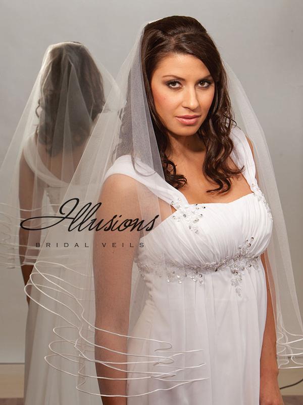 Illusions Bridal Rattail Edge Veil D7-302-TRT: Pearl Accent
