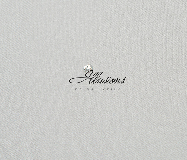 Illusions Bridal Ribbon Edge Veil S1-252-1SR: Rhinestone Accent