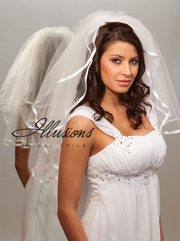 Illusions Bridal Ribbon Edge Veil S1-252-3R: Pearl Accent