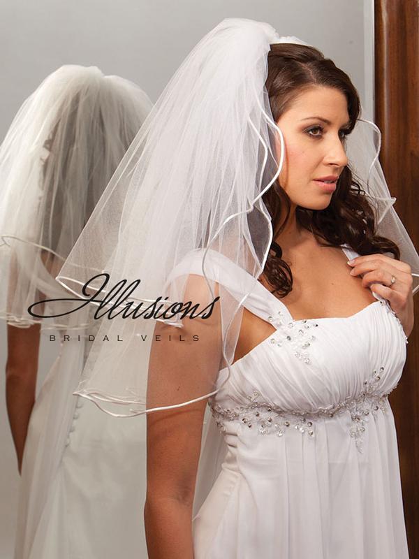 Illusions Bridal Rattail Edge Veil S1-252-RT