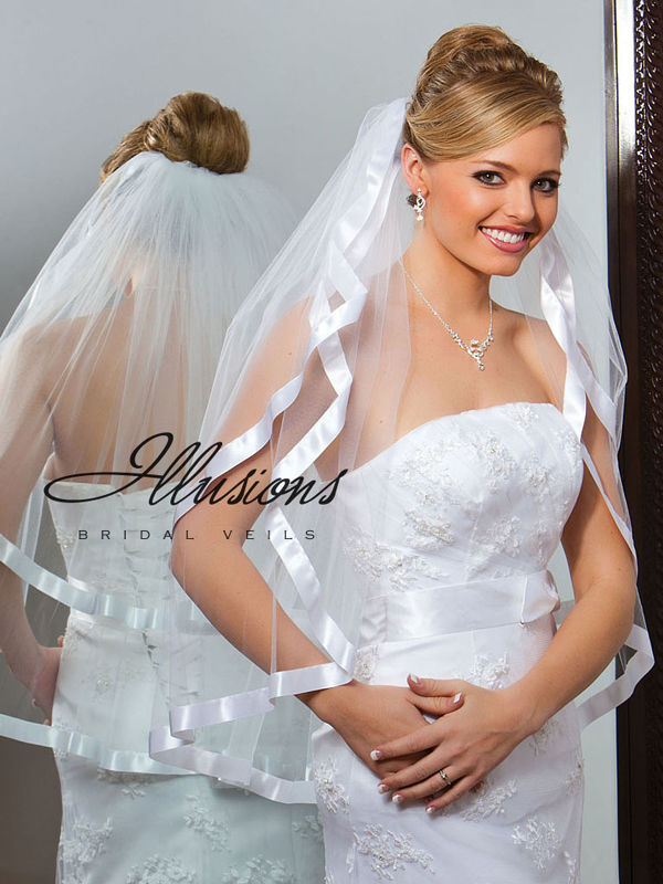 Illusions Bridal Ribbon Edge Veil S1-302-7R: Rhinestone Accent