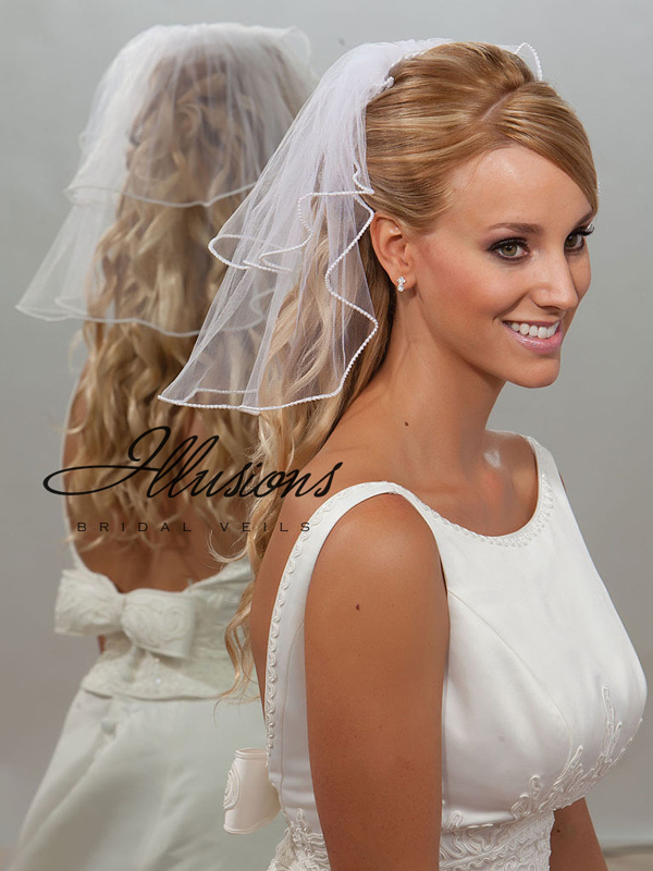 Illusions Bridal Pearl Edge Veil S5-152-P: Pearl Accent