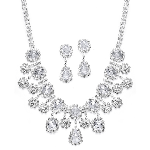 Mariell Oval Necklace Set with floral Dangles