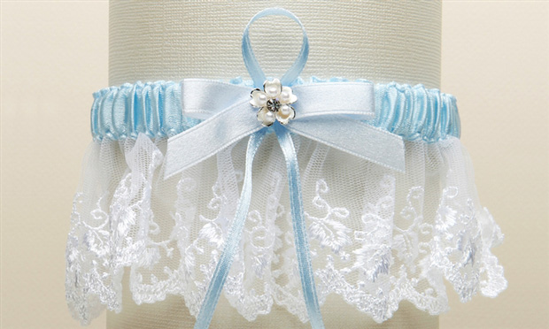 Mariell Embroidered White Lace Scalloped Something Blue Bridal Garter