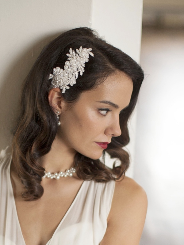 Mariell Top Selling Ivory Beaded Lace Applique Wedding Comb