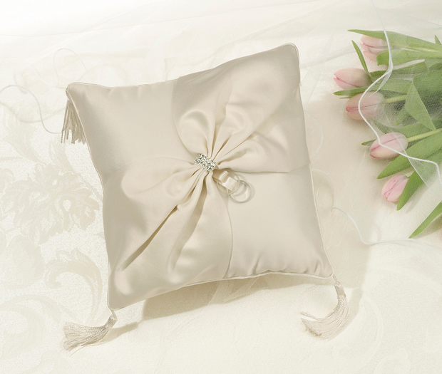 Lillian Rose Satin Sash Ring Pillow - Ivory