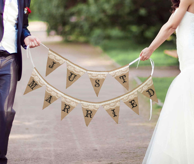 Lillian Rose Just Married Burlap Banner