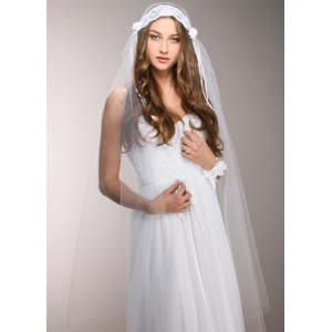 Mariell White Vintage Lace Juliet Cap Veil with Rosebuds