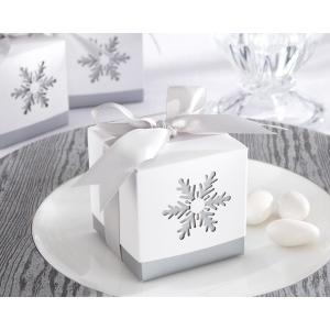 Winter Dreams, Laser-Cut Snowflake Favor Box: Set of 24