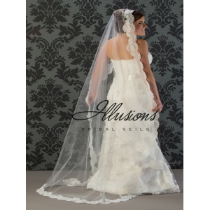 Illusions Bridal Lace Edge Wedding Veil M7-721-1L: Mantilla, Pearl Accent