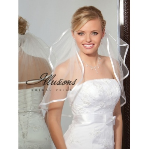 Illusions Bridal Ribbon Edge Veil S5-202-3R: Rhinestone Accent
