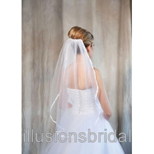 Illusions Bridal Colored Veils and Edges: White Ribbon Edge, Glimmer Veil Color