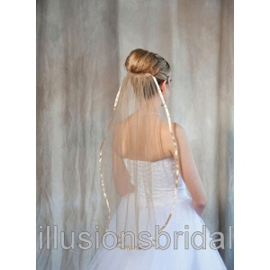 Illusions Bridal Colored Veils and Edges: Gold Ribbon Edge